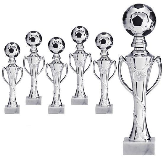 Pokal mit 3D Fußball in Silber (Artikel 4890)