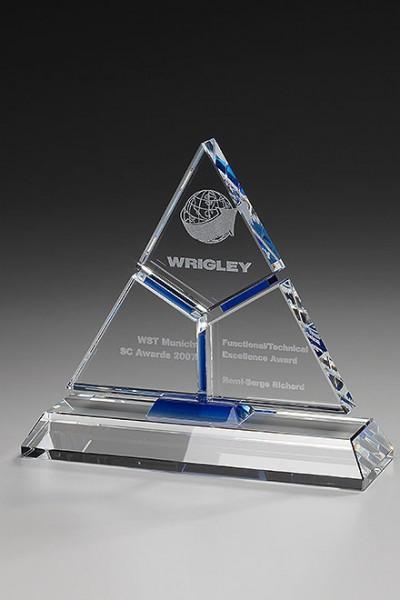 """Hochwertige Kristallglas-Trophäe """"Puzzle Pyramid"""" (Artikel 7940)"""