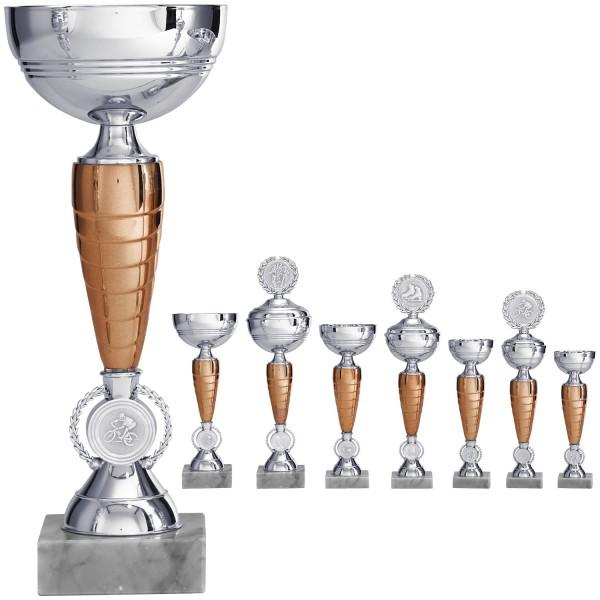 Schlanker Pokal in Silber mit bronzefarbenem Mittelstück (Artikel 8420) o.D. (Artikel 9420) m.D.